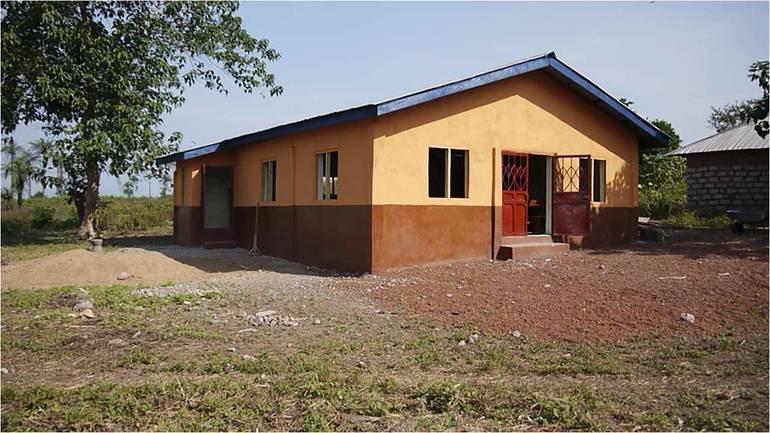 Menighetsplanting og dugnad i Sierra Leone