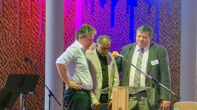 Tok opp norskplantet baptistmenighet på Kypros