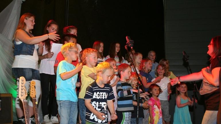 Barnekoret synger på BLINK 2012