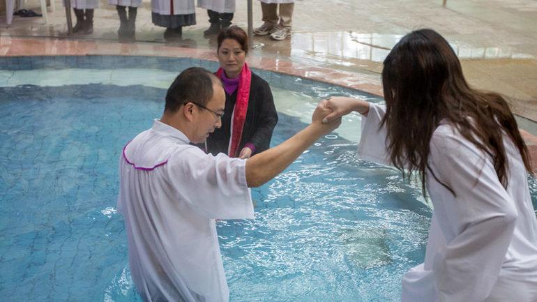 Flere kristne enn kommunister i Kina
