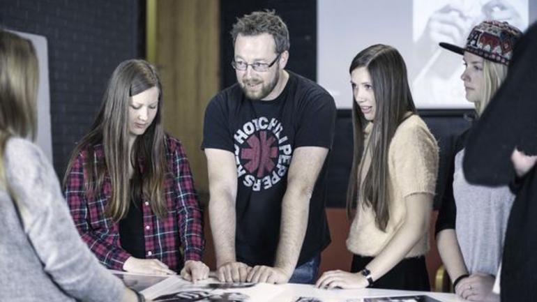 Mener folkehøgskolene øker valgdeltakelsen