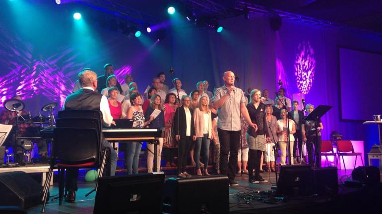 Vesterålsturne for Minns Du Sången-koret