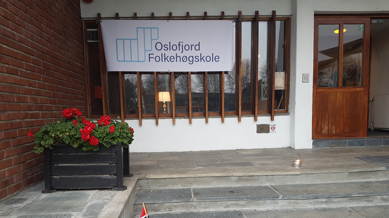 Oslofjord folkehøyskole – Curling og klimabrøl!